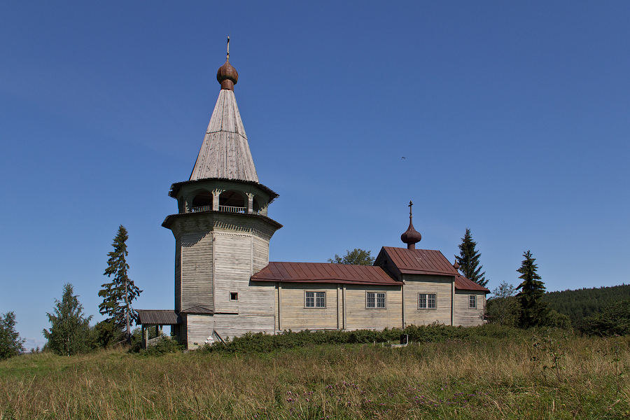 Церковь Николая Чудотворца в деревне Вёгорукса ( 1889г. )