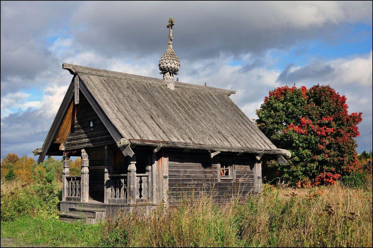 Часовня придорожная в деревне Типиницы, д.Задняя (к.XIXв.)